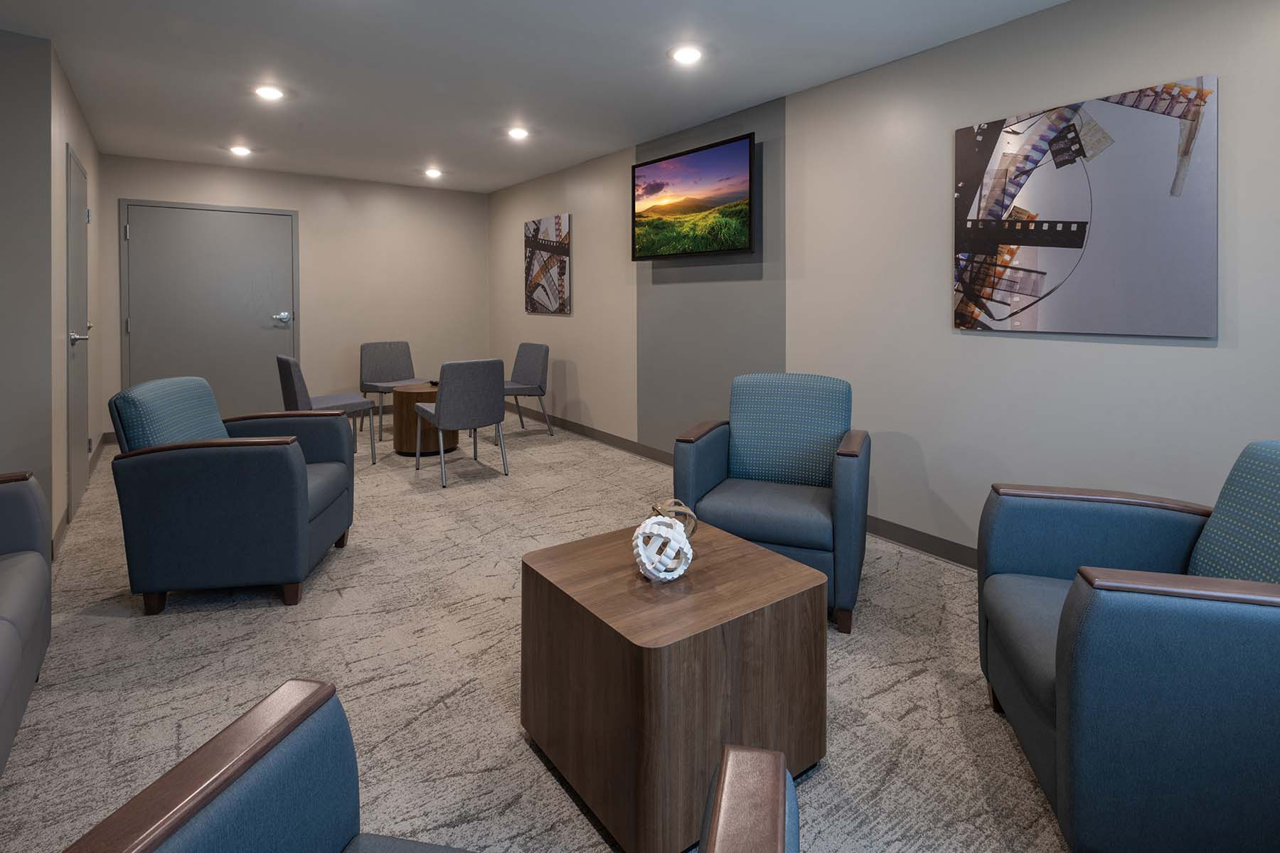 addiction treatment group therapy